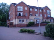 2 bedroom Ground Flat to rent in 70 Haverhill Grove...