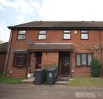 Terraced home to rent in Bowbrookvale Luton...