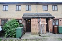 2 bedroom house in Friars Close, Chingford...