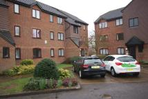 Flat to rent in Haysman Close...