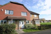Town House to rent in Saffron Drive, Oakwood...