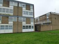 Duplex to rent in Broughton Avenue...