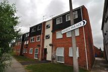 Flat to rent in Rochford Gardens