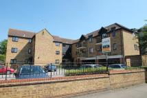 Flat in Betjeman Court, Yiewsley