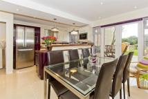 Town House in Ruscombe Close...