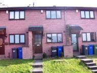 2 bed Town House in Midland Court...