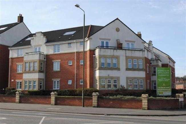 2 Bedroom Apartment For Sale In Grasscroft House Archdale Close Chesterfield S40