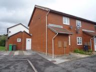 2 bed Terraced house in Garrick Drive, Thornhill...