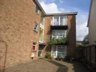 2 bedroom Flat in Park Road, Whitchurch...