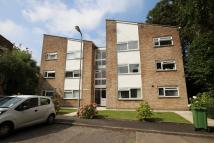 1 bed Apartment in Woodside Court...