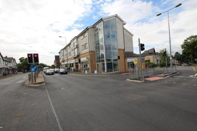 2 Bedroom Flat To Rent In Parkfield House North Road Gabalfa Cardiff Cf14