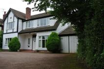 4 bed Detached property in Lillington Road...