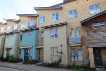 4 bed Town House in Pinewood Drive...