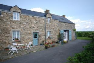 Cottage, studio