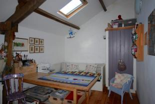 Cottage bed 2/craft