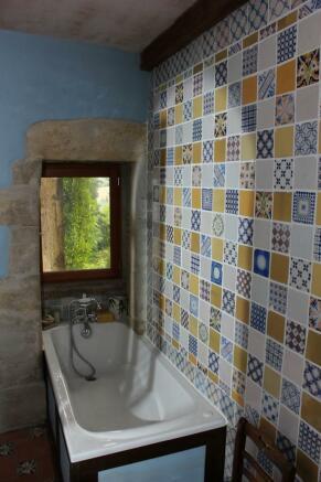 Bathroom 1 bath