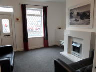 2 bed End of Terrace house in Sheffield Road, Birdwell...