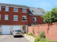 Town House to rent in Pollard Road...