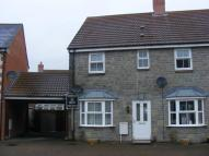 2 bedroom property to rent in Riverside Close...