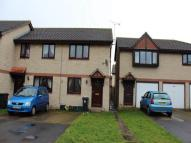 2 bed home to rent in Townshend Road...