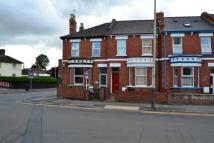 5 bed semi detached home to rent in Gloucester Road...