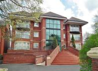 3 bed Apartment in 2 Cambridge Road...