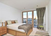 property to rent in Cordage House, Cobblestone Square, E1W