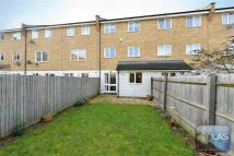 4 bedroom property in Grimsby Close...