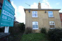 2 bedroom semi detached house in High Street, Ryde, PO33
