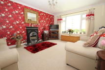 Apartment in Barton Close, East Cowes...