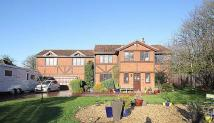 5 bedroom Detached house in Tudor Lodge...