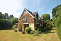 Detached home in The Spinning Walk, Shere