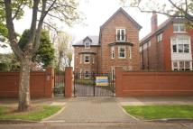 3 bedroom Apartment in Grove Mews, The Grove...