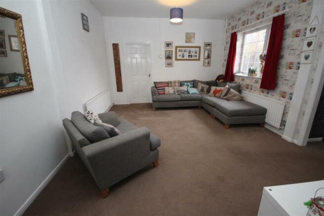 lounge 1 new.JPG