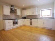 Flat to rent in Aughton Street, Ormskirk...