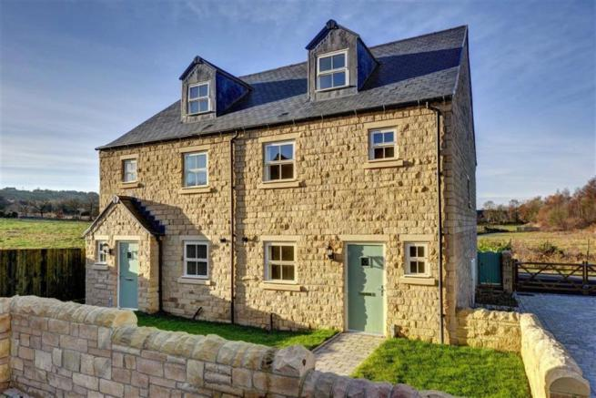 4 Bedroom Semi Detached House For Sale In Wallnook Lane Langley