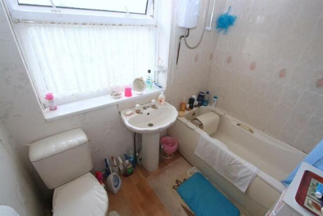 Bathroom/ W.C