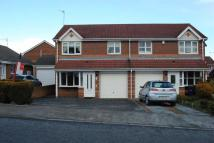 semi detached home to rent in Cricklewood Drive...