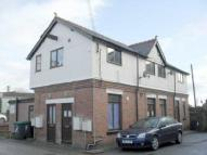 2 bedroom Flat in High Street, Cefn Mawr...