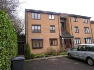Flat in 9 Burnfield Gardens...