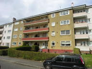 Flat to rent in Cherrybank Road, Glasgow...