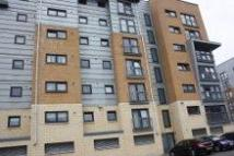 Flat to rent in Barrland Street, Glasgow...