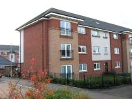 Flat to rent in 12 Broad Cairn Court...