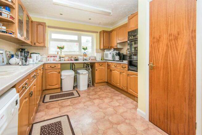 Kitchen ( Annex)