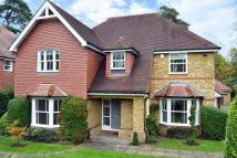 5 bedroom Detached house in Cobham
