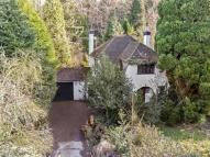 3 bed Detached property in Cobham