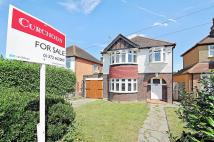 3 bed Detached home for sale in East Molesey