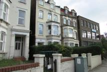 Maisonette to rent in Holloway Road N7