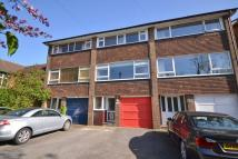 4 bedroom Town House in New Malden