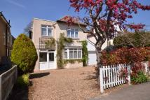 4 bed Detached house for sale in New Malden